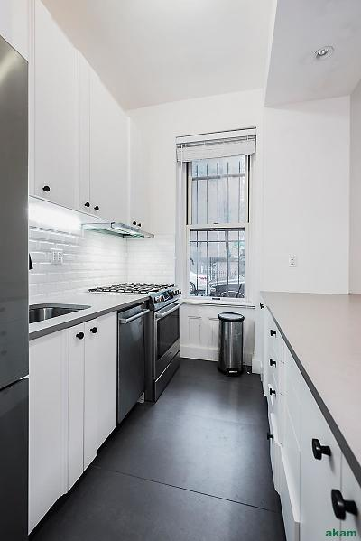 Brooklyn Heights Unit For Rent For Rent: 35 Pineapple St