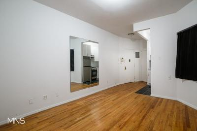 Unit For Rent For Rent: 318 W 49th St