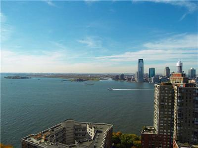 New York NY Unit For Sale For Sale: $849,000