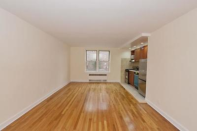 Unit For Rent For Rent: 105-34 65th Ave