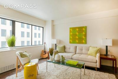 New York Unit For Sale For Sale: 310 W 56th St