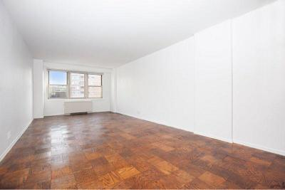 New York Unit For Sale For Sale: 305 E 24th St