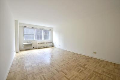Unit For Sale For Sale: 430 W 34th St
