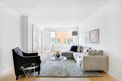 New York NY Unit For Sale For Sale: $850,000