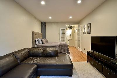 New York Unit For Sale For Sale: 530 E 84th St