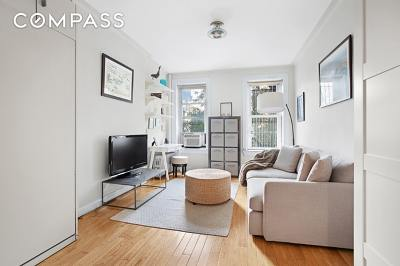 New York Unit For Sale For Sale: 226 E 27th St