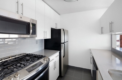 Midtown West Unit For Rent For Rent: 260 W 52nd St