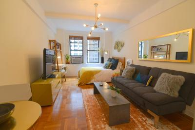 New York Unit For Sale For Sale: 23 W 73rd St