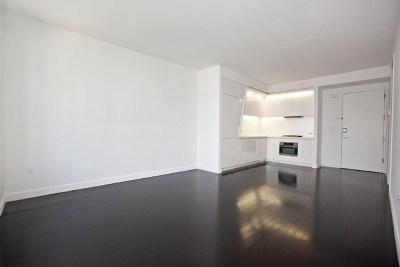 New York Unit For Sale For Sale: 123 Washington St