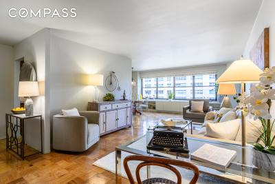 Upper West Side Unit For Sale For Sale: 140 W End Ave