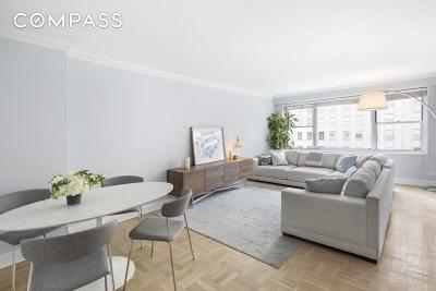 New York Unit For Sale For Sale: 150 E 61st St