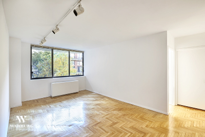 New York Unit For Sale For Sale: 343 E 74th St