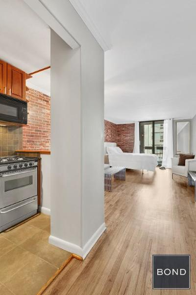 New York Unit For Sale For Sale: 430 E 77th St