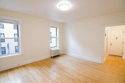 Unit For Rent For Rent: 38-05 Crescent St