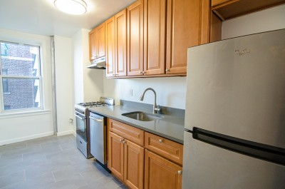 Unit For Rent For Rent: 34-46 91st St