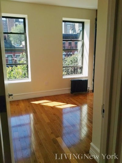 New York Unit For Rent For Rent: 65 W 106th St