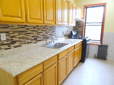 Astoria Unit For Rent For Rent: 23-25 33rd Rd