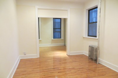 New York NY Unit For Rent For Rent: $3,000