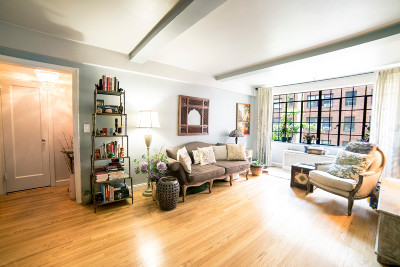 New York Unit For Sale For Sale: 321 E 43rd St