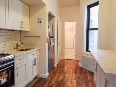 New York Unit For Sale For Sale: 512 E 83rd St