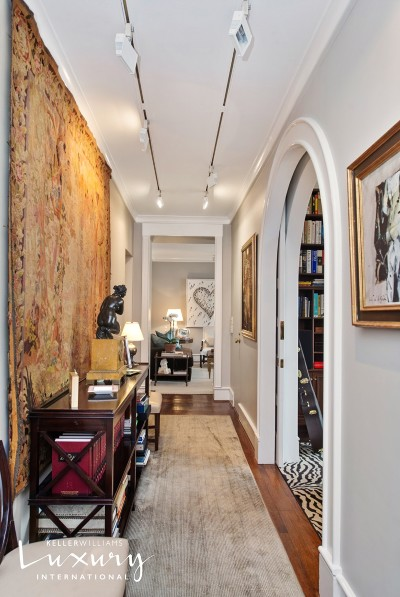 New York Unit For Sale For Sale: 1105 Park Ave