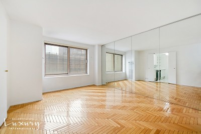 Unit For Sale For Sale: 106 Central Park S
