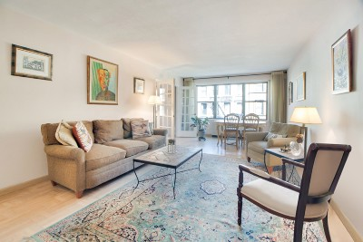 New York Unit For Sale For Sale: 120 E 90th St
