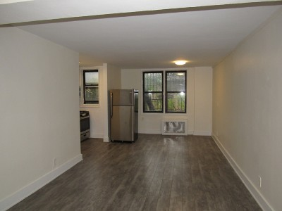 Queens Unit For Rent For Rent: 132-25 Maple Ave