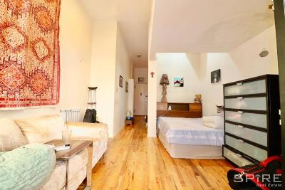 Upper West Side Unit For Rent For Rent: 203 W 85th St