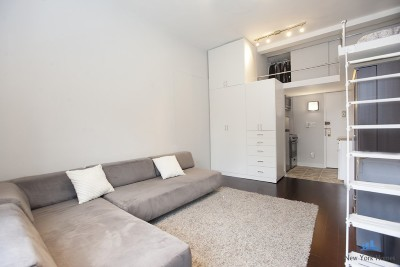 New York Unit For Sale For Sale: 140 W 69th St