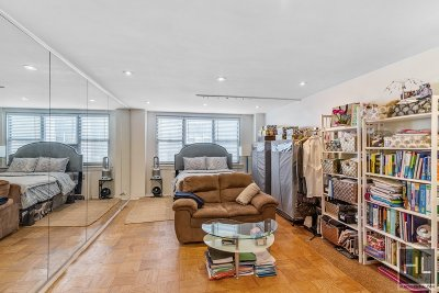 New York Unit For Sale For Sale: 240 E 35th St