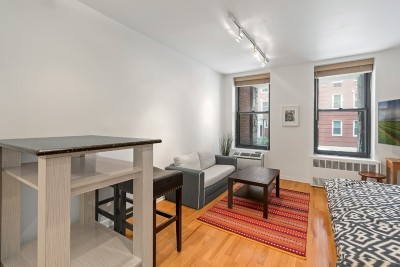 Midtown West Unit For Sale For Sale: 315 W 55th St