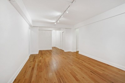 New York Unit For Sale For Sale: 225 E 46th St