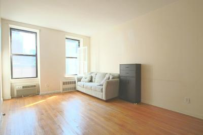 New York Unit For Rent For Rent: 247 E 52nd St