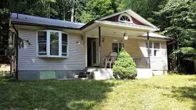 Woodridge Single Family Home For Sale: 14 Robert