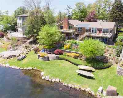 Single Family Home For Sale: 66 Crescent Circle