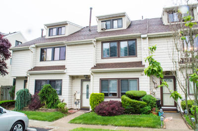 Staten Island Single Family Home For Sale: 235 Signs Road #E