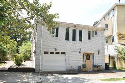 Single Family Home For Sale: 44 Douglas Road