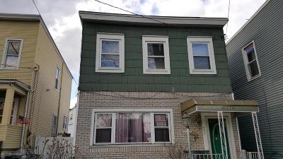 Single Family Home For Sale: 491 Vanderbilt Avenue