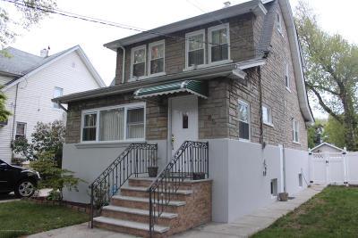 Single Family Home For Sale: 85 Burbank Avenue