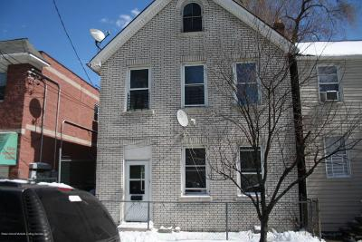 Condo/Townhouse Acceptance: 187 Targee Street