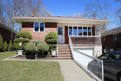 Staten Island Single Family Home For Sale: 125 Chapin Avenue