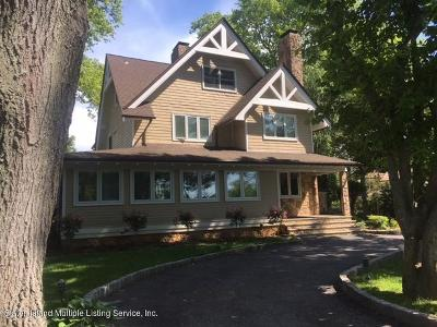 Staten Island NY Single Family Home For Sale: $1,649,000