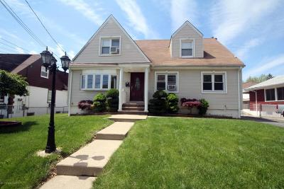 Staten Island Two Family Home For Sale: 208 Mallory Ave