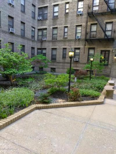Brooklyn Co-op For Sale: 7101 Colonial Road #L2g