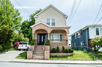 Staten Island NY Single Family Home For Sale: $640,000