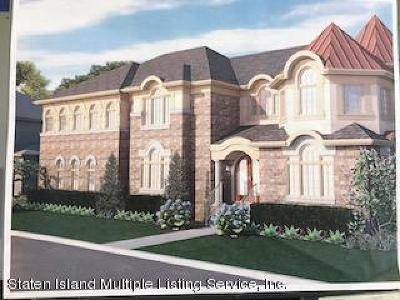 Staten Island NY Single Family Home For Sale: $2,490,000