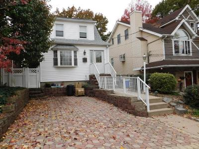 Single Family Home For Sale: 52 N Mada Avenue