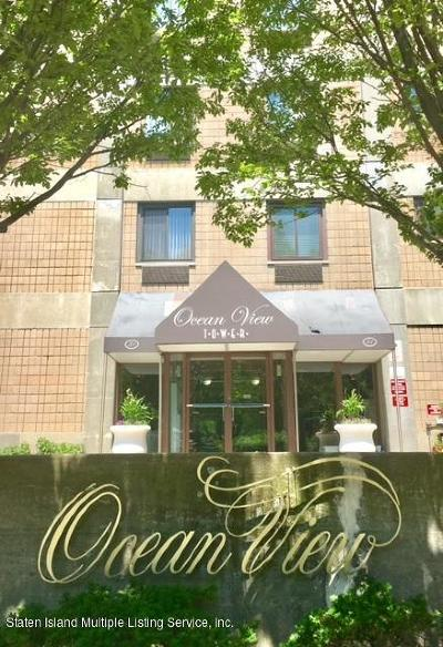 Condo/Townhouse For Sale: 31 Hylan Boulevard #3d