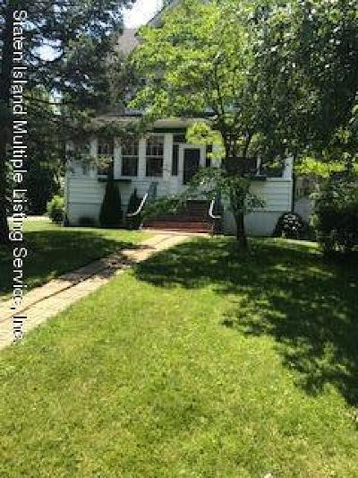 Single Family Home Acceptance: 76 Midland Rd